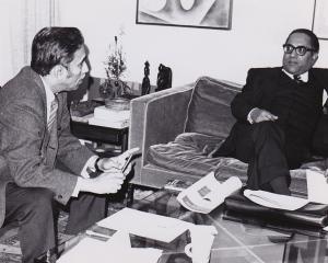 Dr. Azizur Rahman Mallick, visit to Chicago during Bangladesh War of Independence
